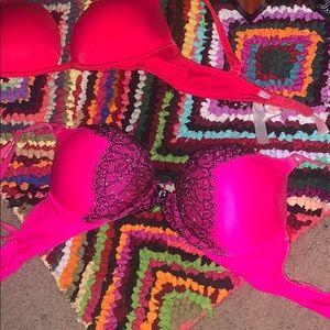 hot pink Victoria's Secret bombshell push up bra